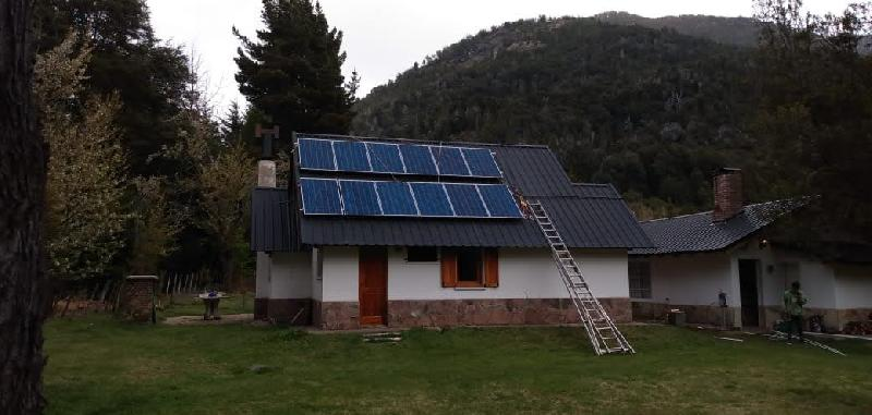 SISTEMA ONGRID CON BACK UP COLONIA SUIZA