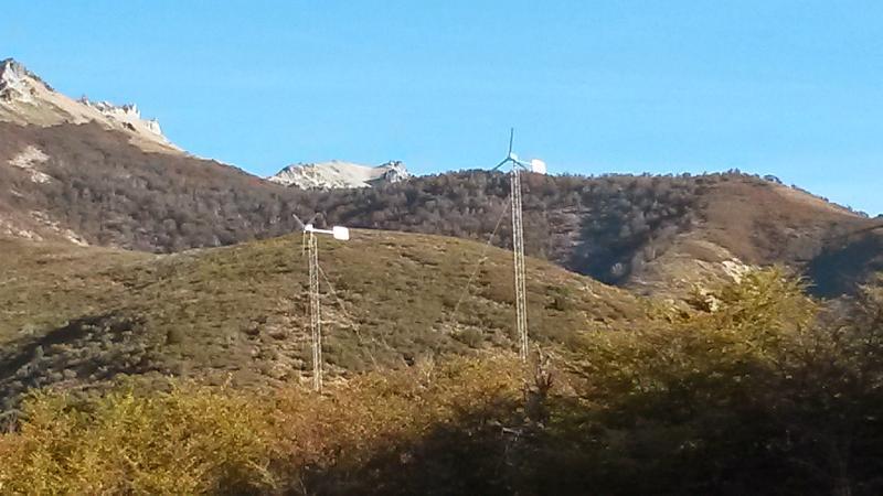2 generadores eolicos 48vdc/1,3Kw
